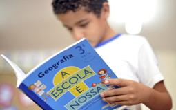 aprovado_projeto_que_obriga_a_criacao_de_bibliotecas_em_escolas_da_educacao_basica_15572_1